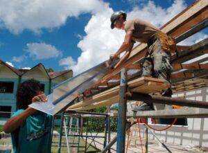 metal-roofing-contractors-cardiff
