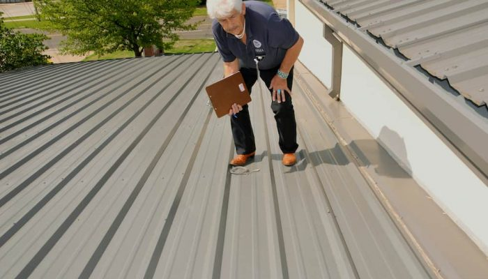 metal-roof-inspection-Cardiff